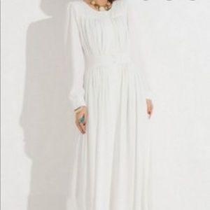 H&M white long sleeve maxi dress